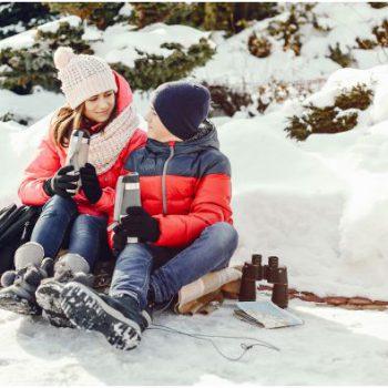 ruta con raquetas de nieve con adultos y niños